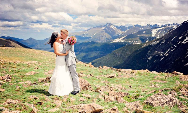 Wedding in Rocky Mountain National Park