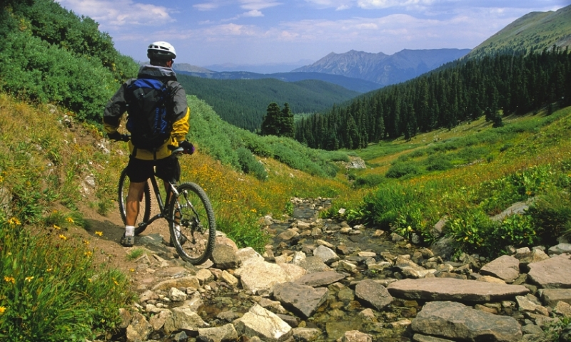 Biking along the Continental Divide