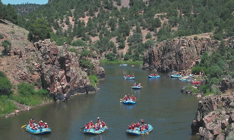 Rocky Mountain White Water Rafting Whitewater Trips